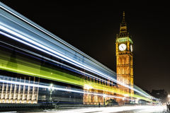 在威斯敏斯特宫的大本钟在伦敦 免版税库存照片