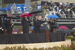 在威廉J.克林顿总统中心的盛大开幕式仪式期间在小石城,前美国总统比尔・克林顿告诉, AK 2004年11月18日的 在一点的克林顿总统中心 免版税库存图片