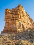 在娘娘腔的男人的城堡的金黄岩石 库存图片