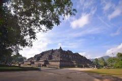 在婆罗浮屠寺庙的蓝天 库存照片