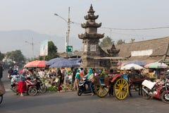 在婆罗浮屠寺庙, Java,印度尼西亚附近的湿市场 免版税库存图片