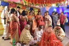在婚姻期间的孟加拉人家庭 库存图片