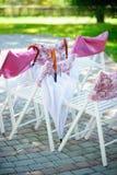 在婚礼的婚礼椅子 免版税图库摄影