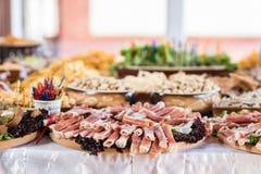 在婚礼的宴会桌,乌克兰 免版税库存照片