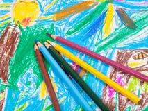 在子项的几支色的铅笔画照片 免版税库存图片