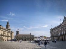 在孔波斯特拉的圣地牙哥大教堂附近的老镇Obradoiro广场 库存图片