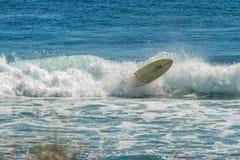在宁加卢的海浪失败 免版税库存照片