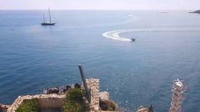 在安地比斯,法国海滨海岸的小船  影视素材