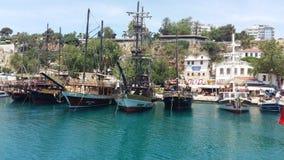 在安塔利亚港的游艇  库存照片