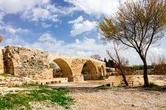 在安塔利亚,土耳其附近的历史的罗马桥梁 免版税图库摄影
