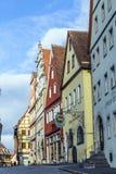 2在安排rothenburg tauber游人城镇访客年期间吸引der每市场mediaval百万ob 库存照片