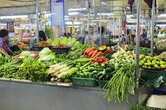 在宋卡食物市场上的菜在泰国 免版税库存照片