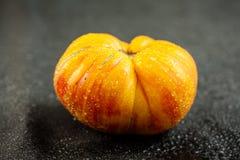 在宏指令的自然祖传遗物蕃茄 免版税库存照片
