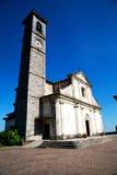 在宗教和阳光的纪念碑老建筑学 免版税库存图片