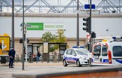 在官员期间,维持安全监视区域治安在史特拉斯堡 库存照片