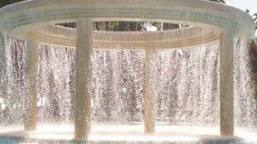 在室外游泳池的流动的水在一家豪华旅馆里 影视素材