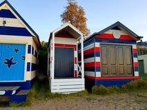 在室外的海滩House.Beautiful内部 免版税图库摄影