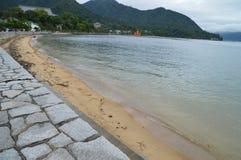 在宫岛海岛日本上的海滩 库存图片