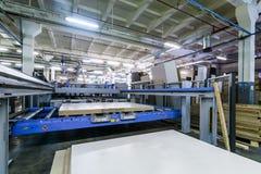 在家具工厂的机器 库存照片