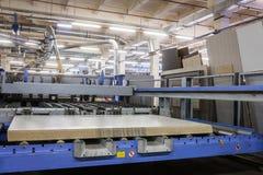 在家具工厂的机器 免版税库存照片