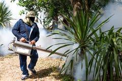 在家烟熏蚊子保护蚊子的 免版税库存照片