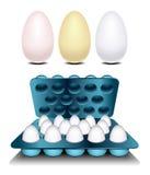 在容器堆积的鸡蛋 免版税库存图片