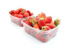 在容器的草莓 免版税库存照片