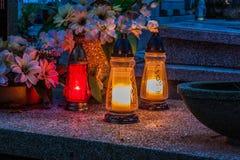 在宽容公墓的坟墓 万圣节 库存照片