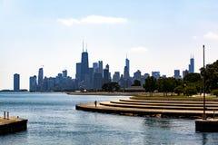 在密歇根湖的芝加哥地平线Diversey大道的 免版税库存照片