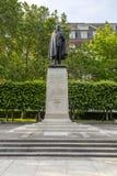 在富兰克林・德拉诺・罗斯福的雕象 免版税库存照片