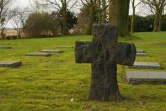 在富兰德领域的德国公墓friedhof menen比利时 图库摄影