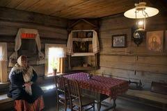 在富有的农民-木A博物馆房子的客厅  免版税库存照片