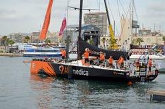 在富豪集团海洋种族的第一条腿的队alvimedica乘员组集合风帆 免版税库存照片