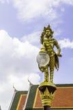 在寺庙的Garuda金子 库存照片