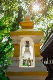 在寺庙的灯 免版税库存照片