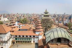 在寺庙的看法在Durbar广场,加德满都,尼泊尔 免版税库存图片