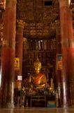 在寺庙的菩萨雕象在琅勃拉邦 免版税图库摄影