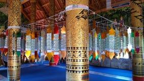 在寺庙的装饰的杆 免版税图库摄影