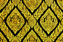 在寺庙窗口的精妙的泰国传统绘画 库存照片