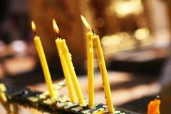 在寺庙pharathat的蜡烛 图库摄影
