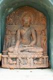 在寺庙phayao,泰国的老菩萨雕象 库存照片