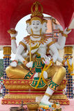 在寺庙Wat Plai Laem的Manyfaced雕象 免版税库存图片