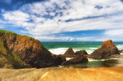 在封印岩石海滩的潮间带的岩石 免版税图库摄影
