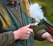 在射击以后的热的烟 免版税库存图片