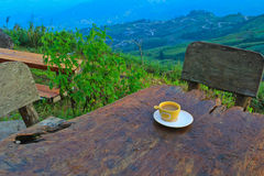 在小山的咖啡 库存图片