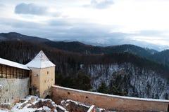 在小山的城堡环境美化 免版税库存照片