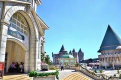 在小山的城堡 Ba Na小山,岘港越南 免版税图库摄影