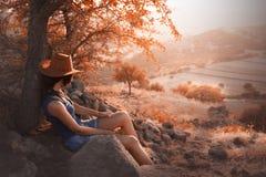 在小山的秋天 库存图片