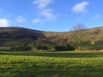 在小山的美丽的景色在威尔士 免版税库存图片
