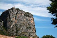 在小山的Castel在法国 免版税图库摄影